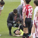 Colegiada del Real Madrid-Athletic de la Liga Iberdrola queda KO de un balonazo