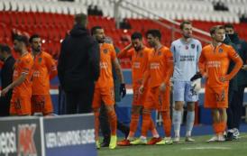 ¡Suspendido el PSG - Istanbul Basaksehir!