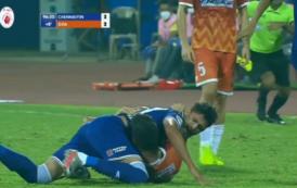 La lamentable agresión de Edu Bedía a un rival en la Superliga India
